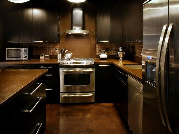 dark kitchen cabinets contrast
