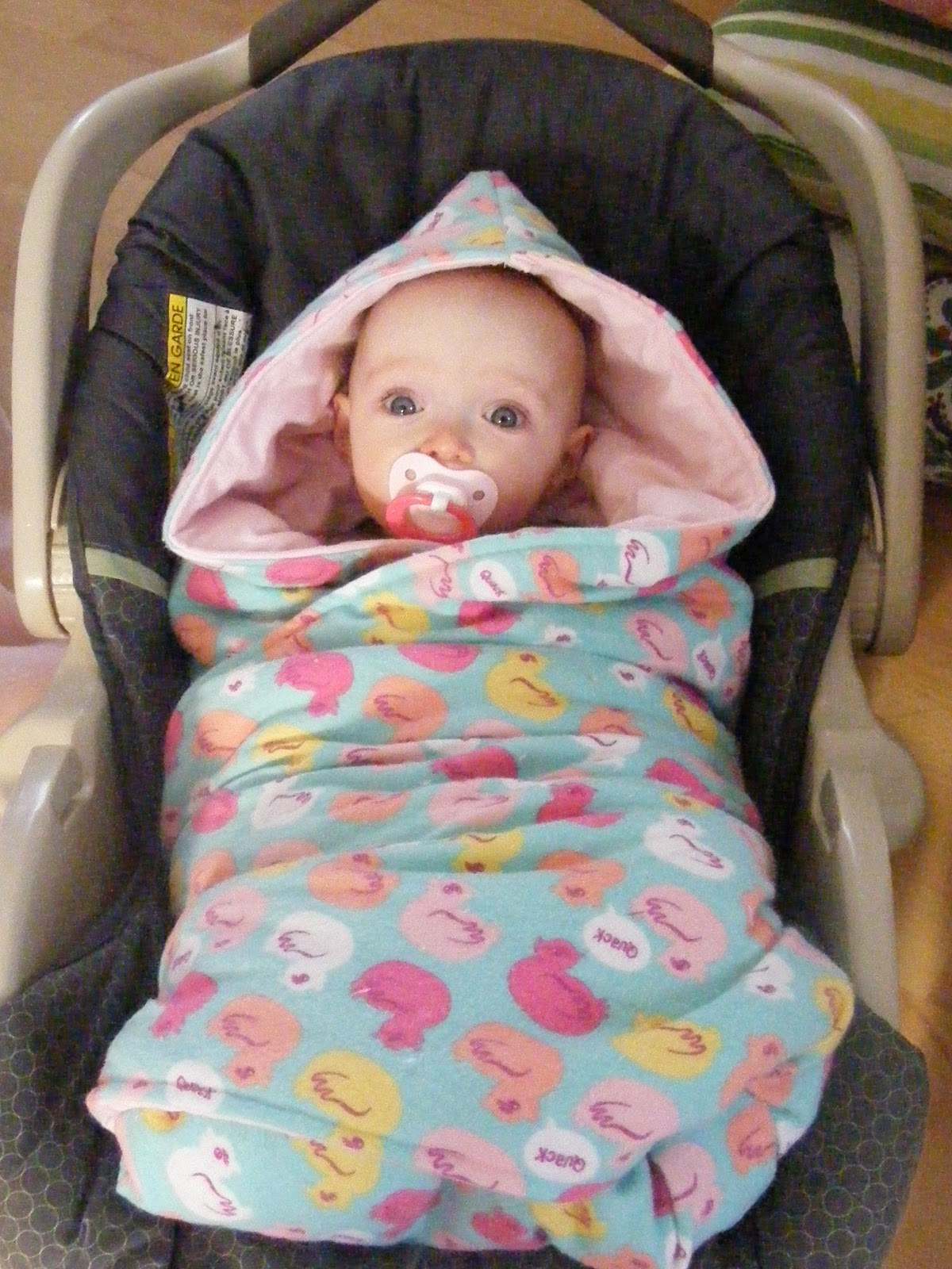 Tutorial} Hooded Car Seat Blankies | The Complete Guide to Imperfect ...