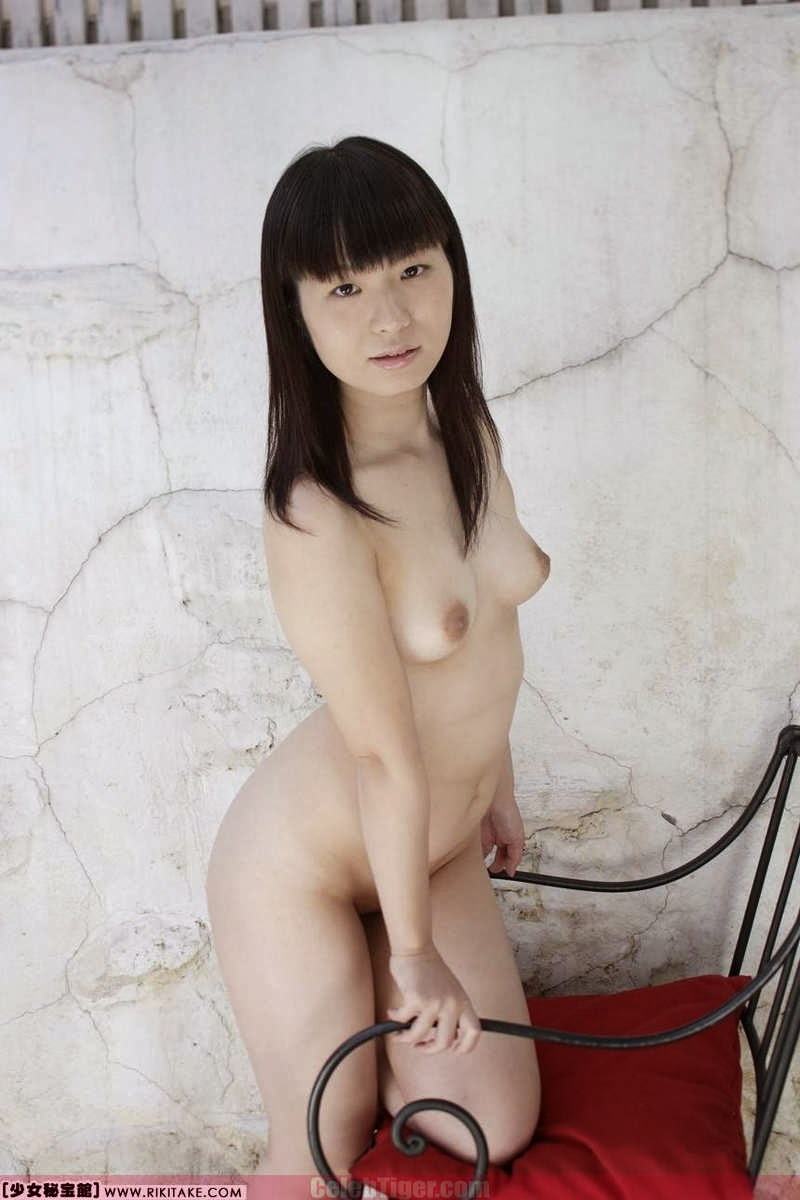 Asian School Girl Tui Kago Nude Outdoor Leaked Photos 2013  www.CelebTiger.com 155 Asian School Girl Yui Kago Nude Outdoor Photos 2013 Part 3