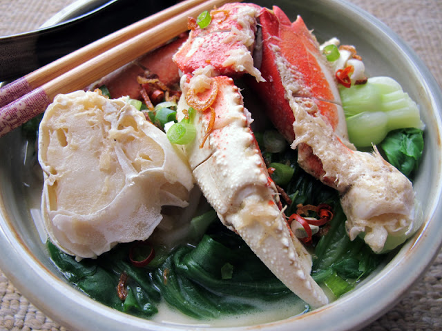 singapore crab noodles