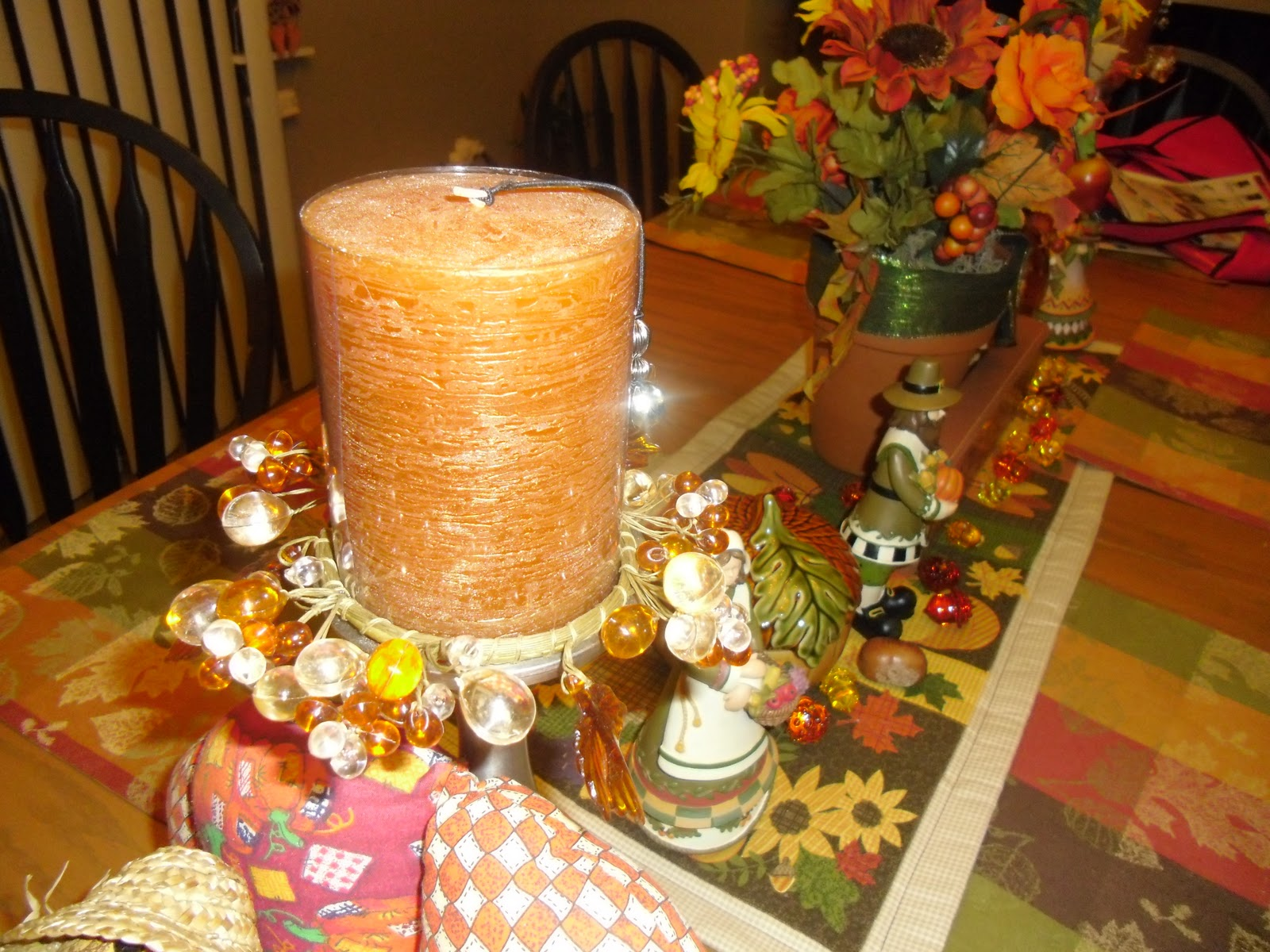 Cute Table Decor for Thanksgiving