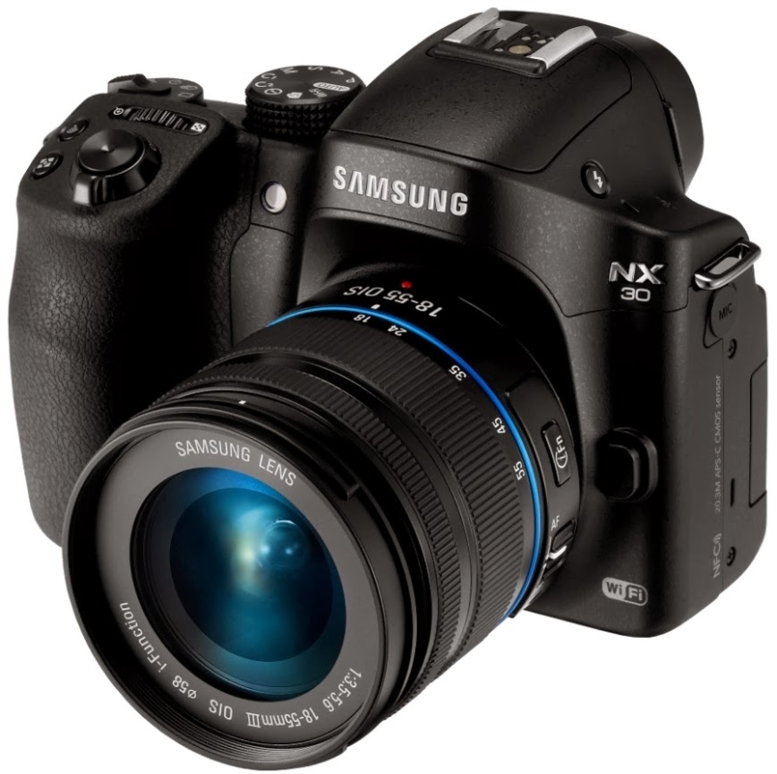 Samsung unveils the NX30 Camera with premium S lens