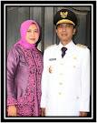 Wakil Bupati Lobar dan Istri