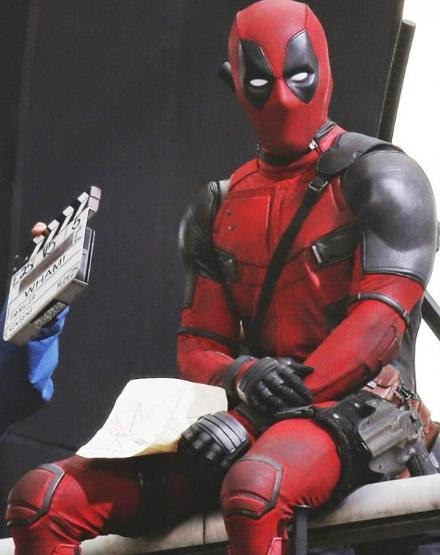 Ryan Reynolds Shares Official 'Deadpool' Movie Costume Photo