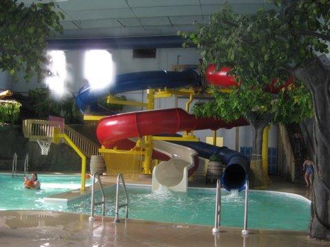 Louisville Hotels With Indoor Water Park