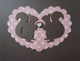 DIY Cute Valentine´s Cards. With Templates.