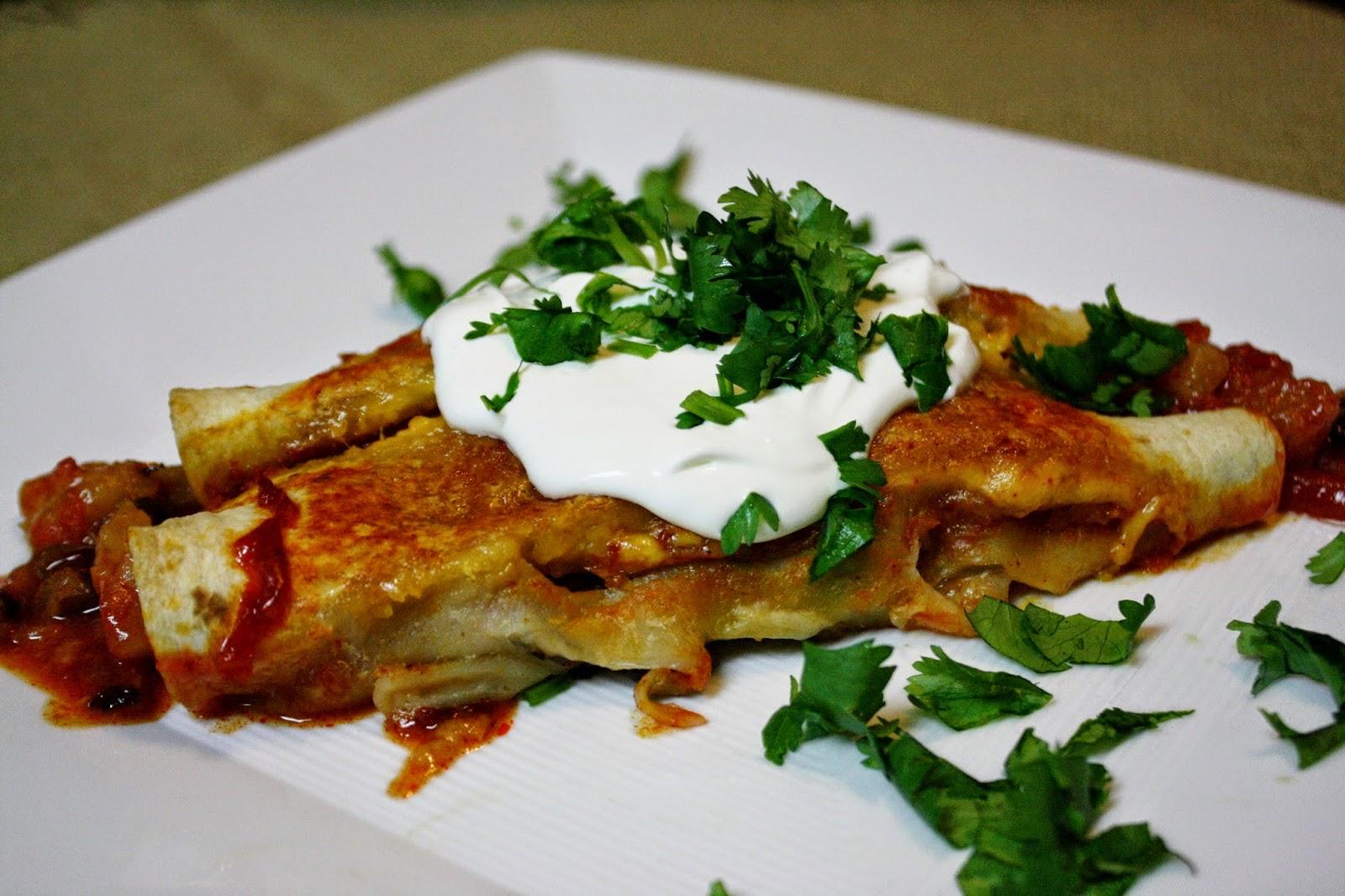http://eatprayjuice.blogspot.com/2014/06/black-bean-and-pineapple-enchiladas.html