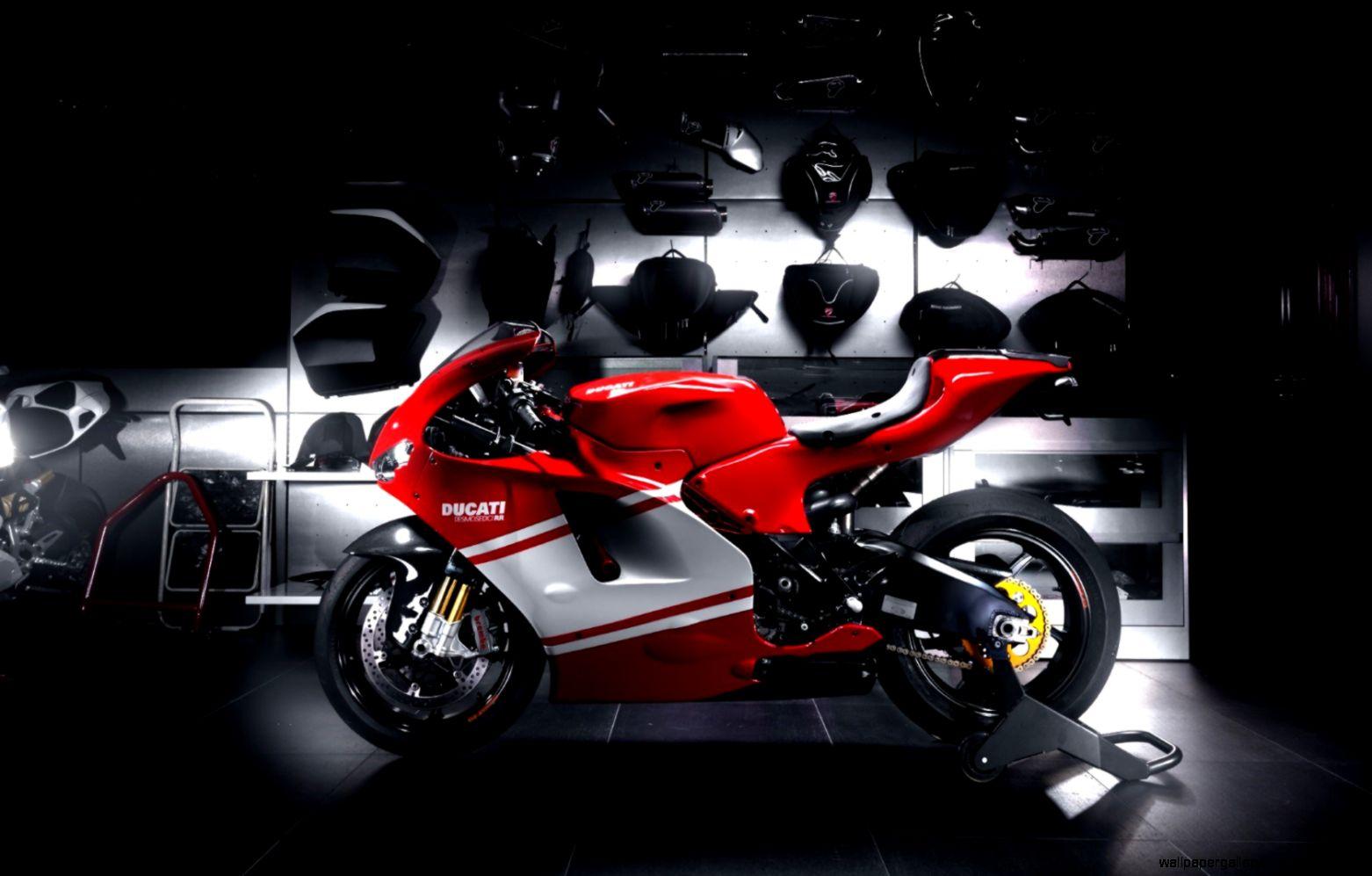 Motorcycle Red Ducati Desmosedici Hd Wallpaper 25662 Wallpaper