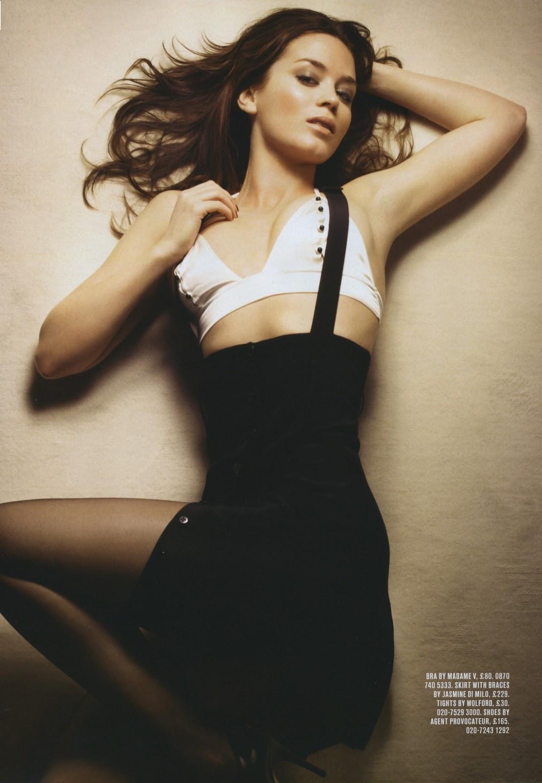 super hot female: Emily Blunt