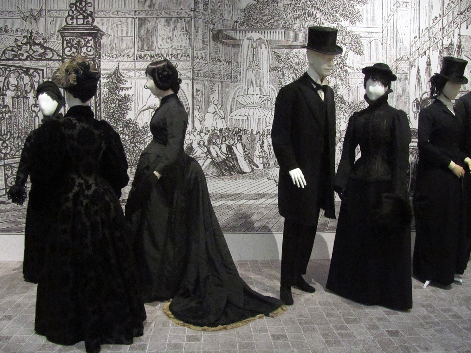 1880s: black gowns and suits