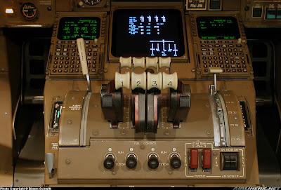 Simulando o voo BA0247: de Heathrow a Guarulhos no Boeing 747  Throttles
