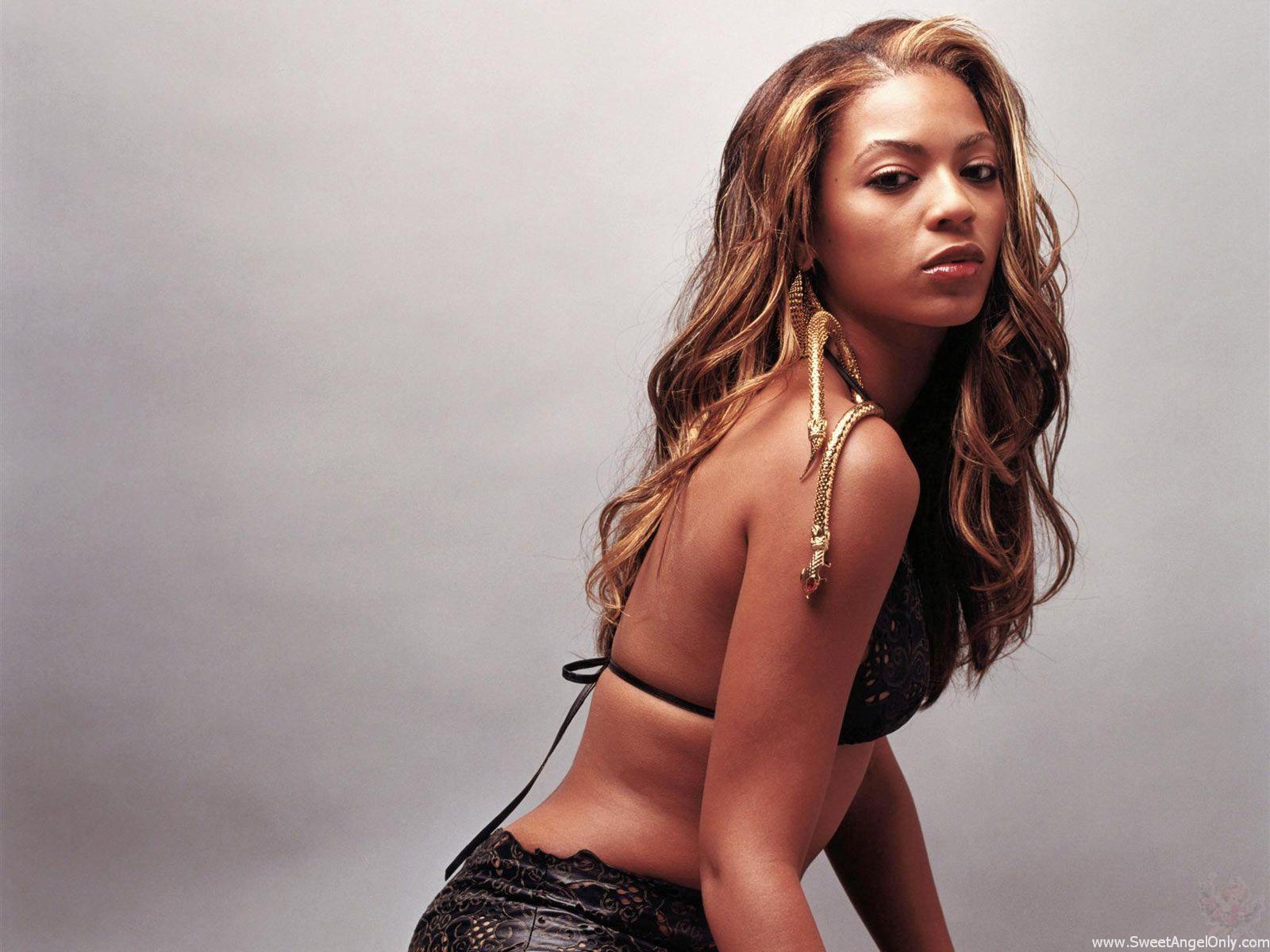 http://3.bp.blogspot.com/-oYE4rBZaMyM/TX5Cr4Yv1dI/AAAAAAAABVA/-Uz9O1Hf6d0/s1600/singer_beyonce_knowles_hot_wallpaper_27.jpg