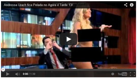 Andressa Urach fica pelada no programa Agora é Tarde