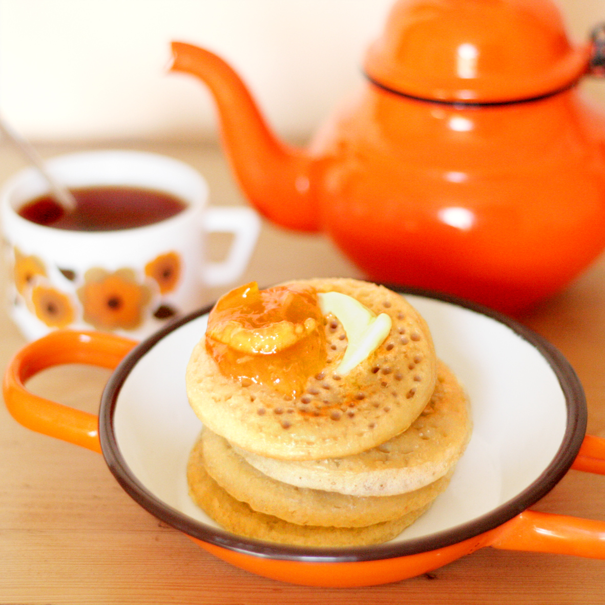 Cakes in the city: Brit trip #6 - Home made crumpets