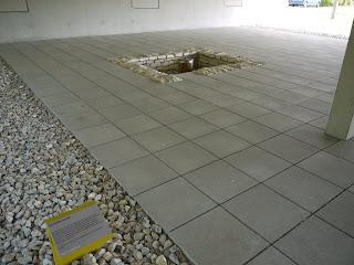 Rekonstruktion eines Schöpfbrunnens beim kelten römer museum manching