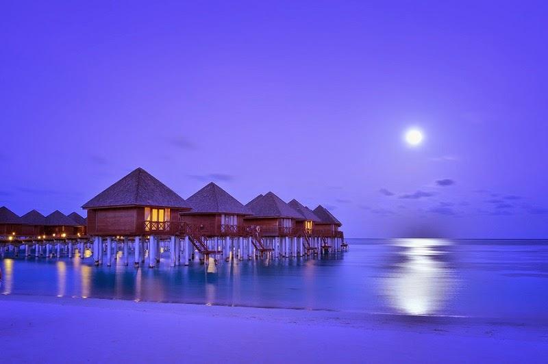 Maldives 4-star water villas for US$324 per night