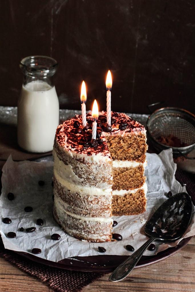 http://www.pastryaffair.com/blog/white-chocolate-espresso-cake.html