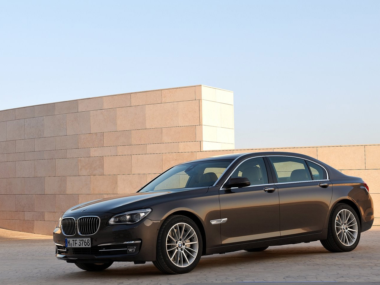 2013 bmw 750li auto cars concept. Black Bedroom Furniture Sets. Home Design Ideas