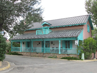 taos new mexico territorial house