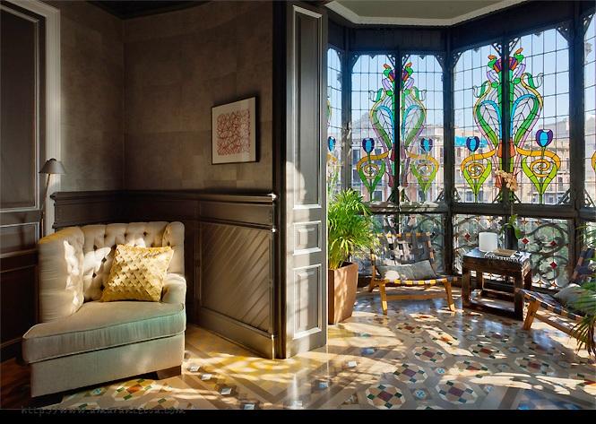 Luxe Luxury Apartments