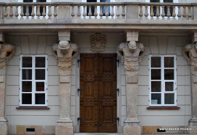 Warszawa Warsaw Krakowskie Przedmieście 32 przyuliczny pałac klasycyzm atlanty