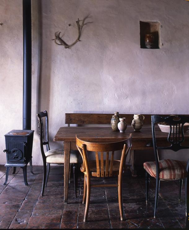 INTERIORS INSPIRATION: OLD FARMHOUSE IN TUSCANY, ITALY