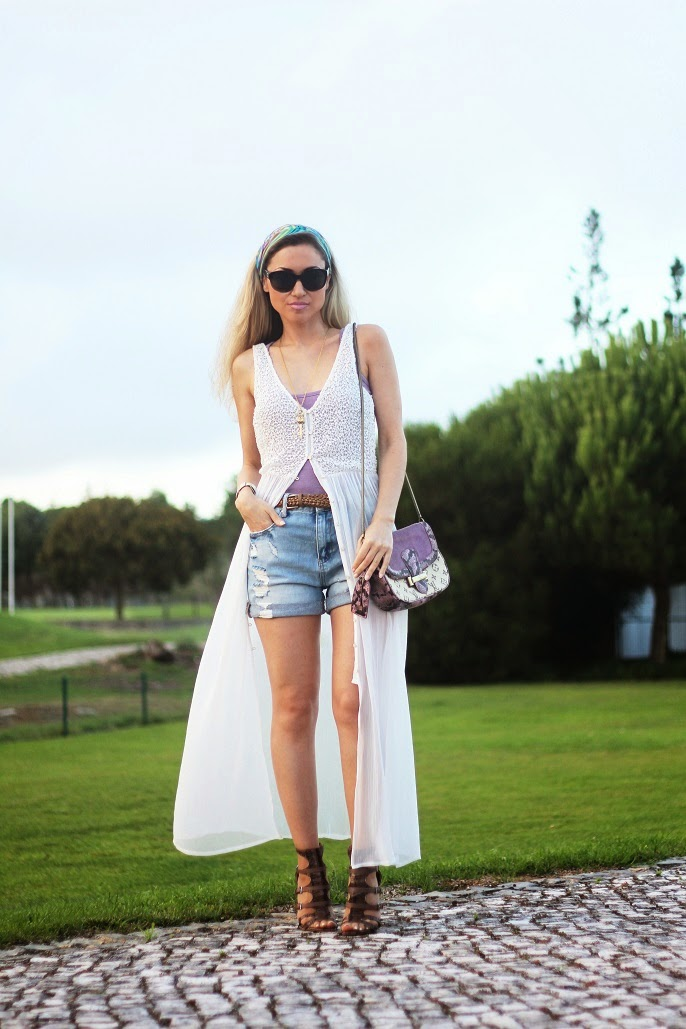 look do dia, ootd, look of the day, outfit, tendências, denim shorts, calções de ganga, top violeta, túnica branca, zara, hm, nine west, louis vuitton, chanel, casual chic, style statement, dicas de imagem, blog de moda portugal, blogues de moda portugueses, sandálias gladiadoras, animal print, pestana sintra golf resort and spa, quinta da beloura