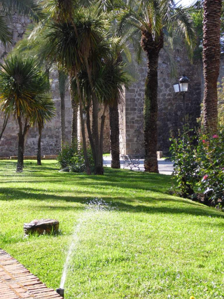 Pueblos de toledo gu as tur sticas rutas y lugares de for Jardines del prado