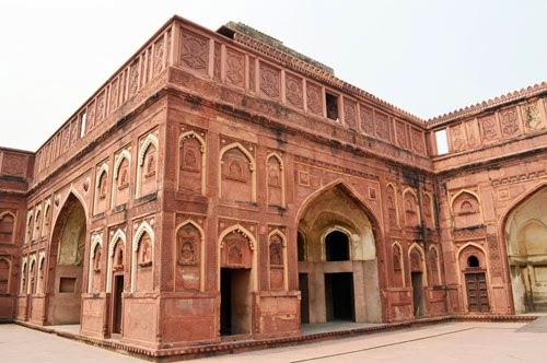 Jahangir Mahal back side2