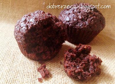 wegańskie muffiny czekoladowo-marchewkowe