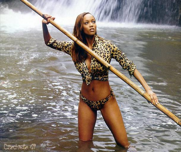 Tyra Banks Hairstyle Trends: Tyra Banks Photoshoot Pictures
