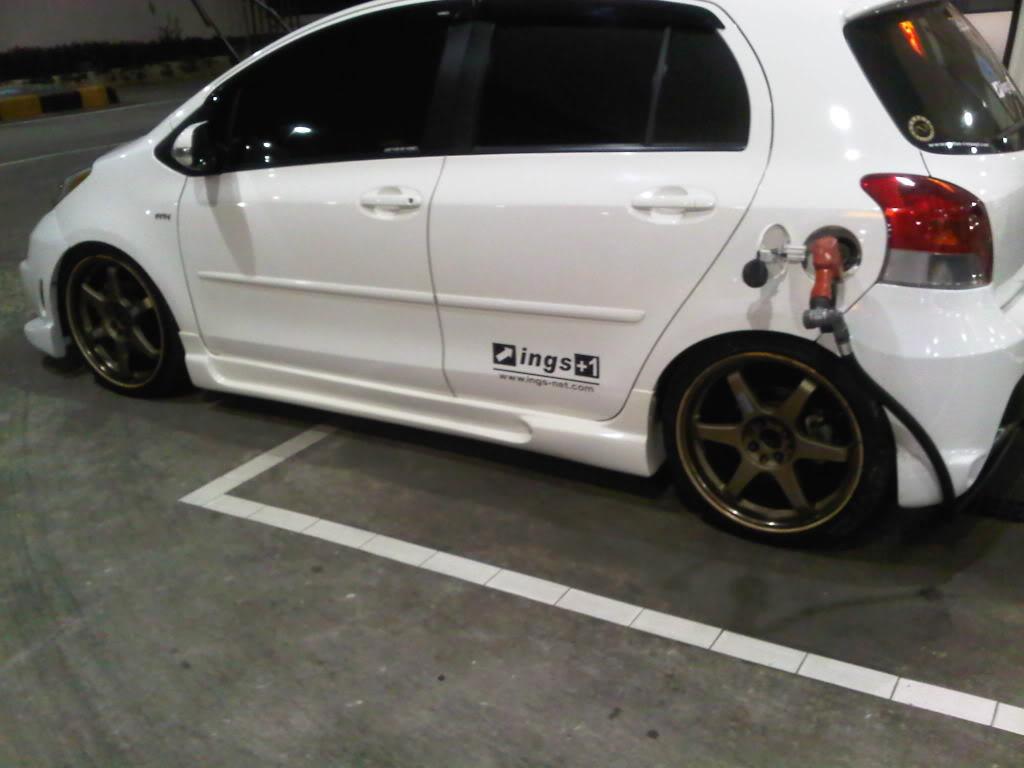 Modifikasi Toyota Yaris quot;Putihquot;  Sarboah