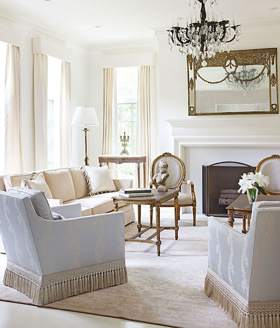 blog.oanasinga.com-interior-design-photos-traditional-white-living-room-gail-plechaty-chicago