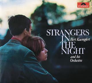 strangers in the night текст песни и перевод