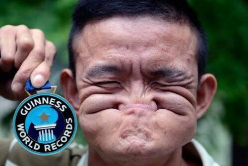 Rekor Dunia Melipat Wajah