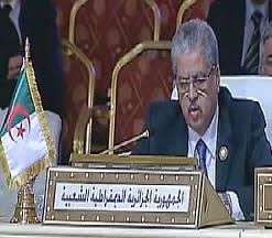 الأمية اللغوية  والدبلوماسية الجزائرية