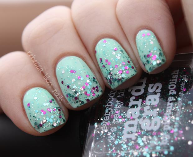 rebecca likes nails polish