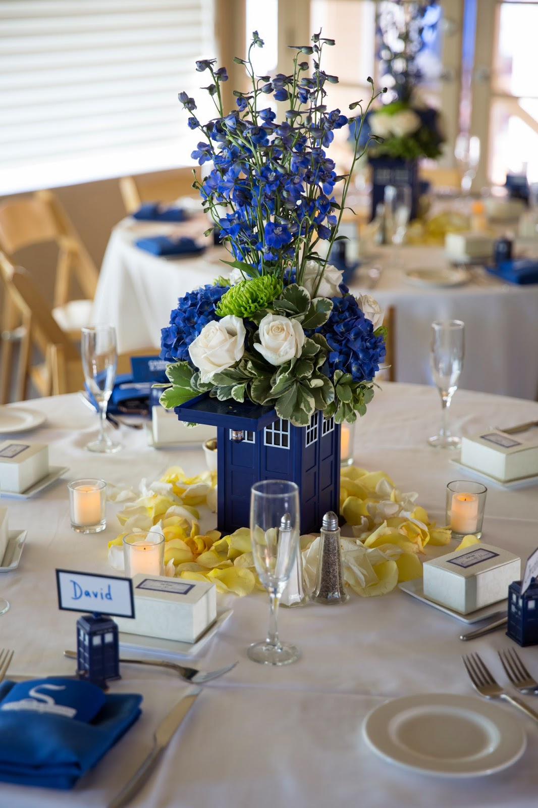 a doctor who wedding tardis centerpieces. Black Bedroom Furniture Sets. Home Design Ideas
