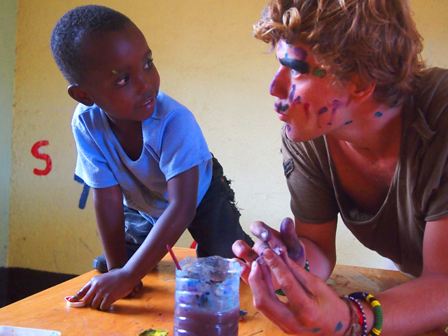 fra Miro Babić mali dom misija afrika sirotište volontiranje Mijo Majhen