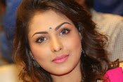 Madhu Shalini gorgeous looking photos-thumbnail-10
