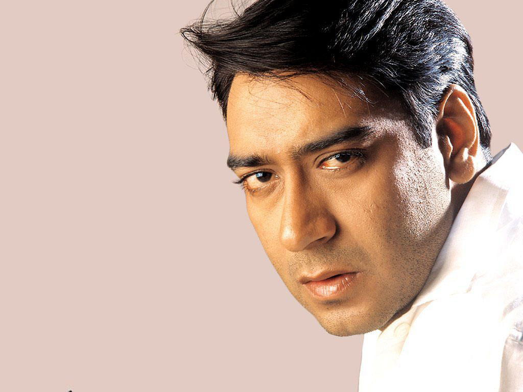 ajay devgan Ajay devgn is an indian film actor, director, and producer he made his film debut with phool aur kaante in 1991 and received a filmfare award for .