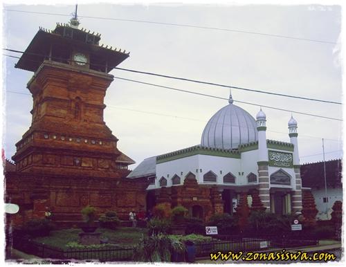 Kerajaan Islam di Indonesia | www.zonasiswa.com