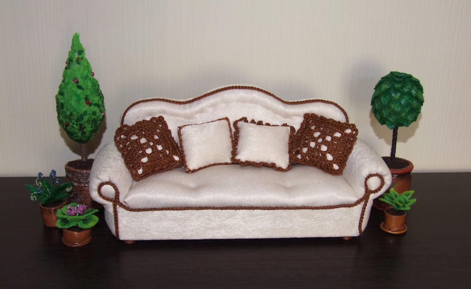Кровать из пенопласта для кукол своими руками