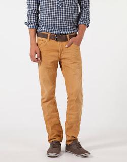 pantalon-mostaza-bershka-hombre