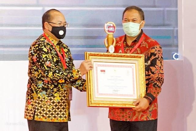 Kota Bandung Juara Nasional Kompetisi Pengelolaan Pelayanan Publik