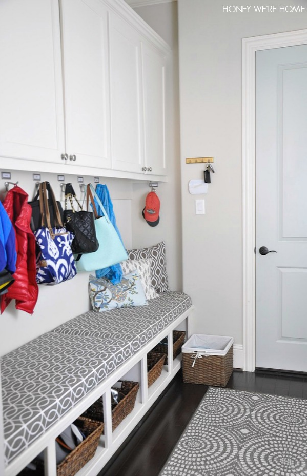 Tips to get you organized in the new year- including an Organized Mudroom