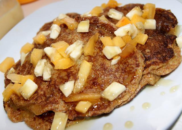 pancakes owocowe