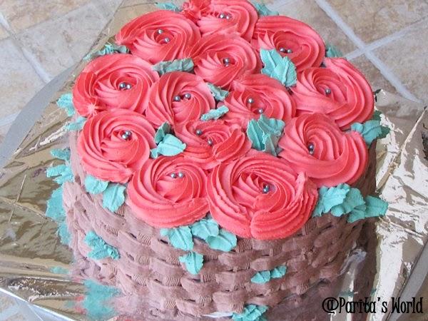 Rosettes, Basket Weave  Cake