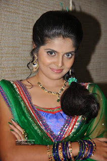 Actress-Shravya-Stills-at-Love-u-Bangaram-Audio-Launch