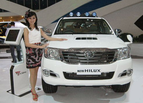 Harga Toyota New Hilux berlaku mulai 1 September 2014 di Jakarta